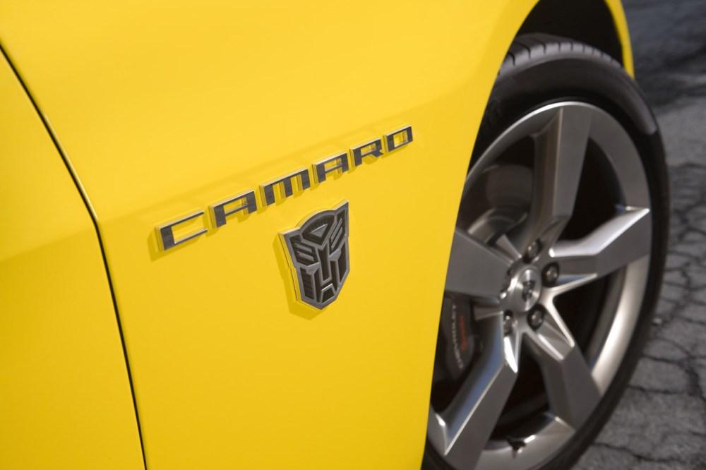 04-2010-camaro-transformers-edition
